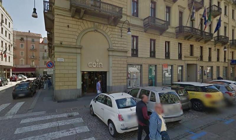 Torino cronaca chiude la coin di via lagrange torino for Coin torino
