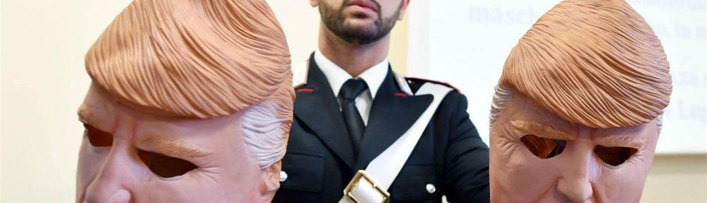Torino come The Jackall: rapinano bancomat indossando maschere di Trump