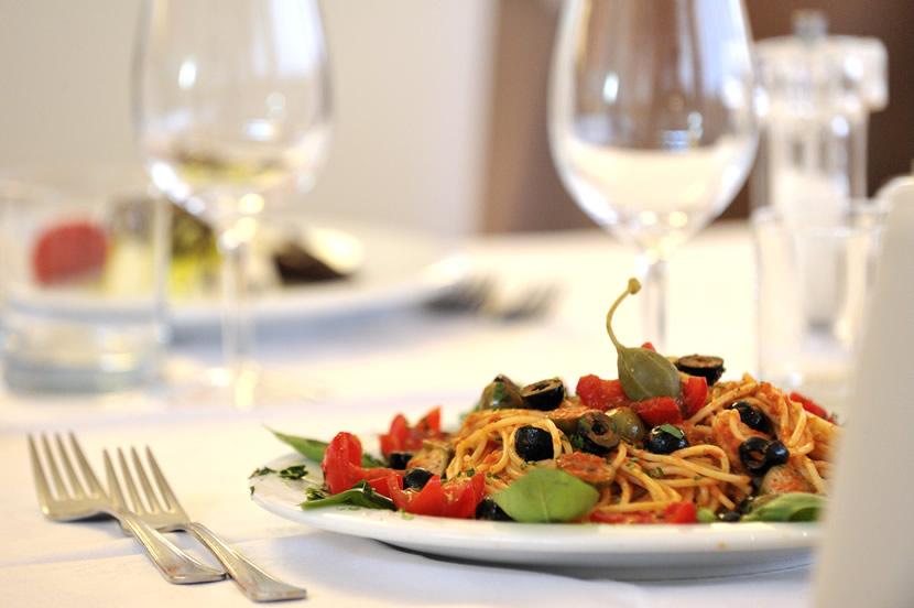 ristorante-hotel-piatto-pasta