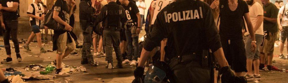 La tragedia di Piazza San Carlo protagonista nel servizio delle Iene: la piazza non poteva contenere tutta quella gente!